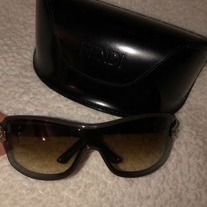 Gucci Brown Rectangular Sunglasses w Gold Details